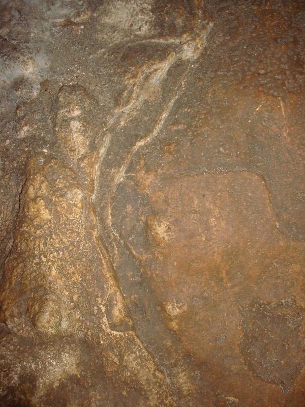 Grotte sur le causse de Cabreret