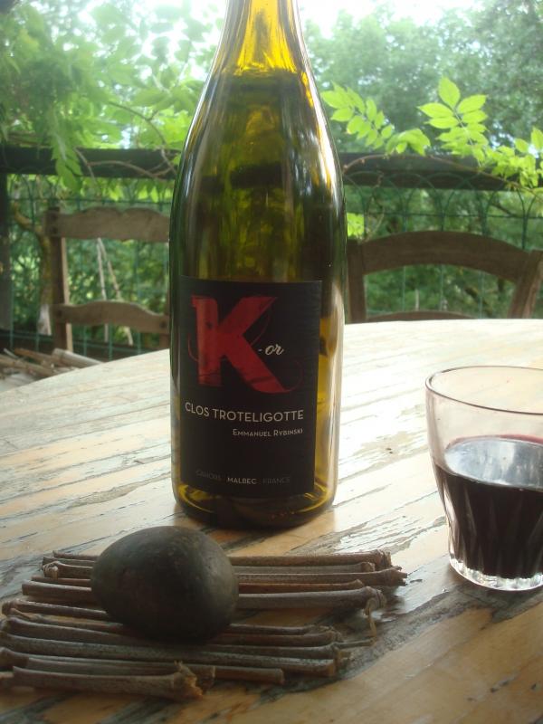 Pub pour bouteille de vin vide