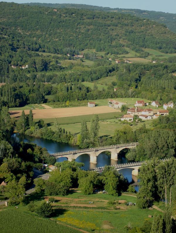 Vallée du Lot - Pont de Cénevières