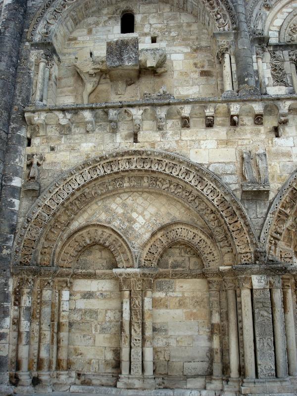 L'église Saint-Nicolas de Civray, Vienne