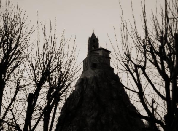Puy en Velay - Rocher St Michel d'Aiguilhe