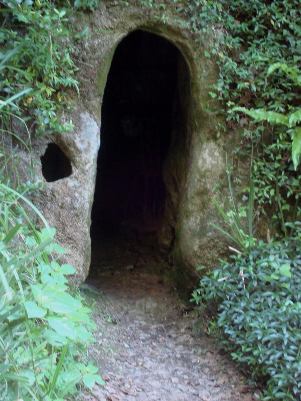 Grotte sanctuaire de Sainte Tarcisse