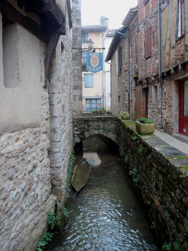 Venise Nobleval