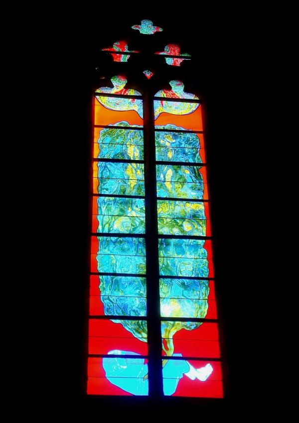 Cathédrale de Rodez - les singuliers vitraux de Stéphane Belzère