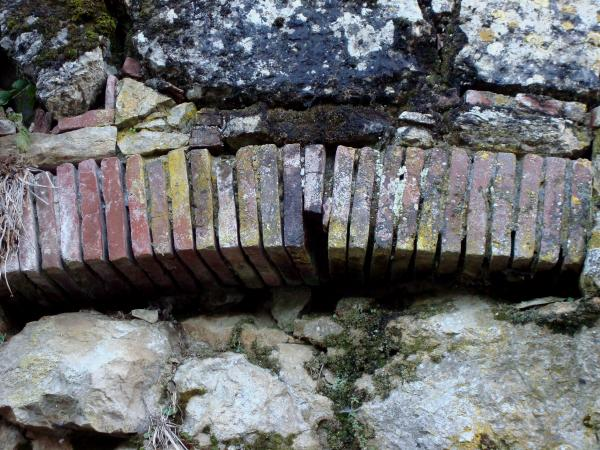 Arc-en-brique