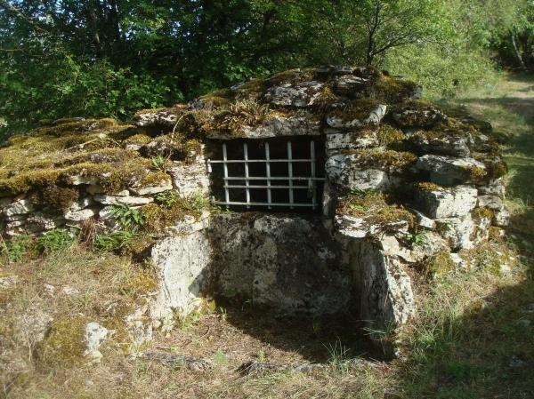 Chemin des puits près de Lugagnac